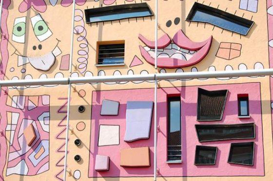 Psychidelische cartoon architectuur 5 560x372