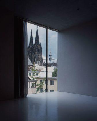 Aartsbisschoppelijk kunstmuseum in keulen door peter zumthor 0 337x420