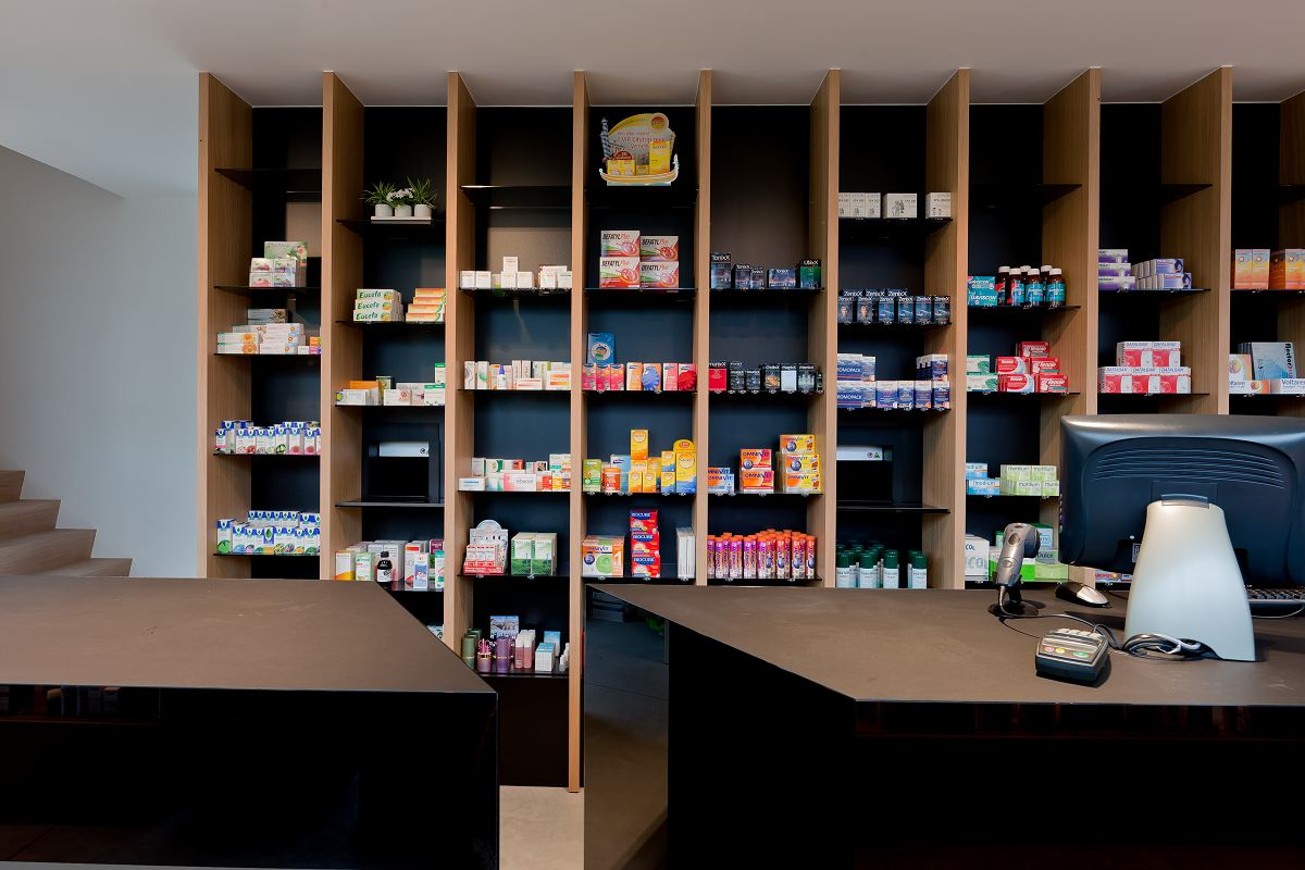 Apotheek in sint martens latem b de architect for Canape sint martens latem