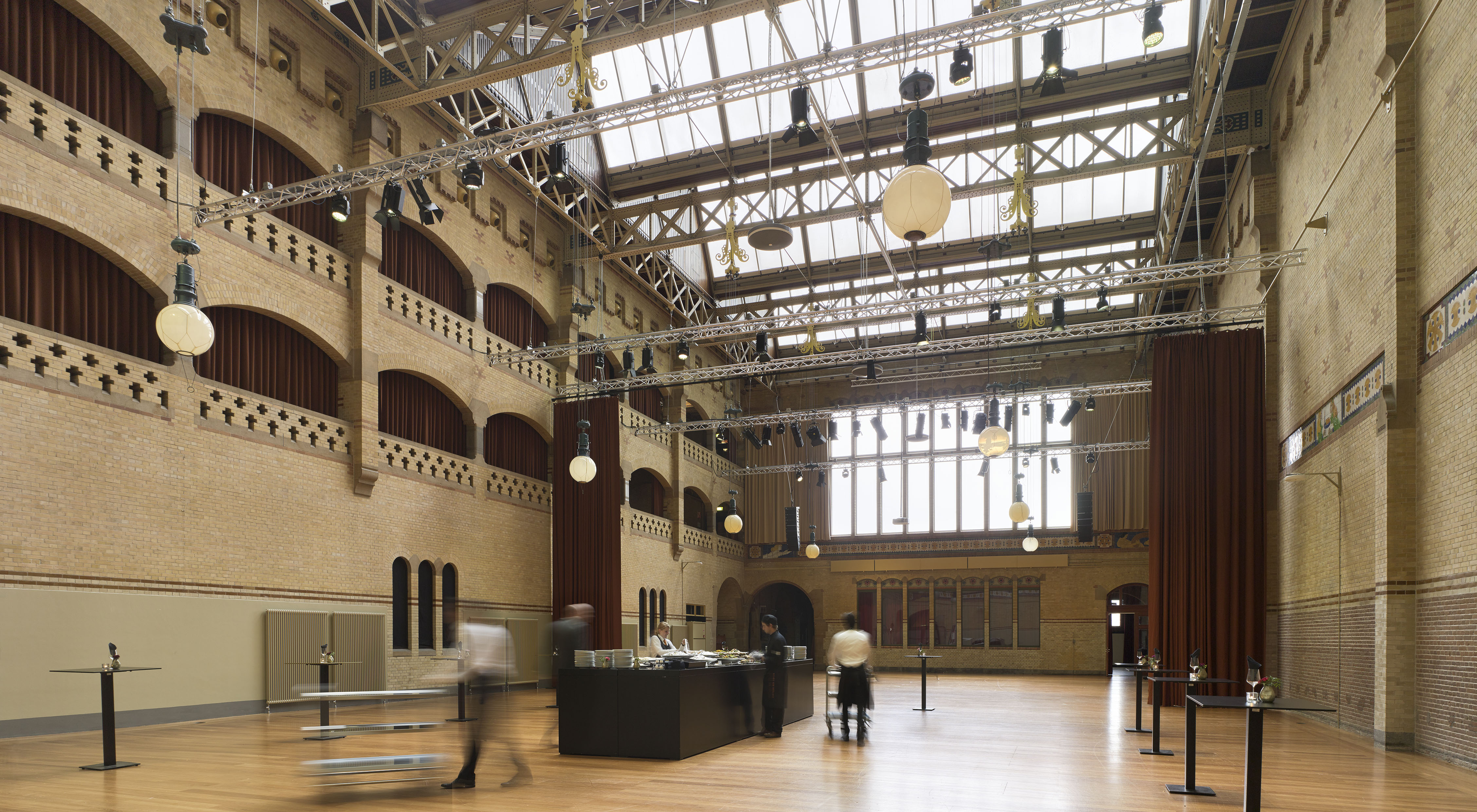 Beurs van berlage bierman henket interieur de architect for Interieur architect vacature