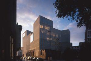 Aartsbisschoppelijk kunstmuseum in Keulen door Peter Zumthor