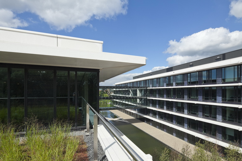 Dbfmo en architectuur in de kromhoutkazerne de architect - Architectuur en constructie ...