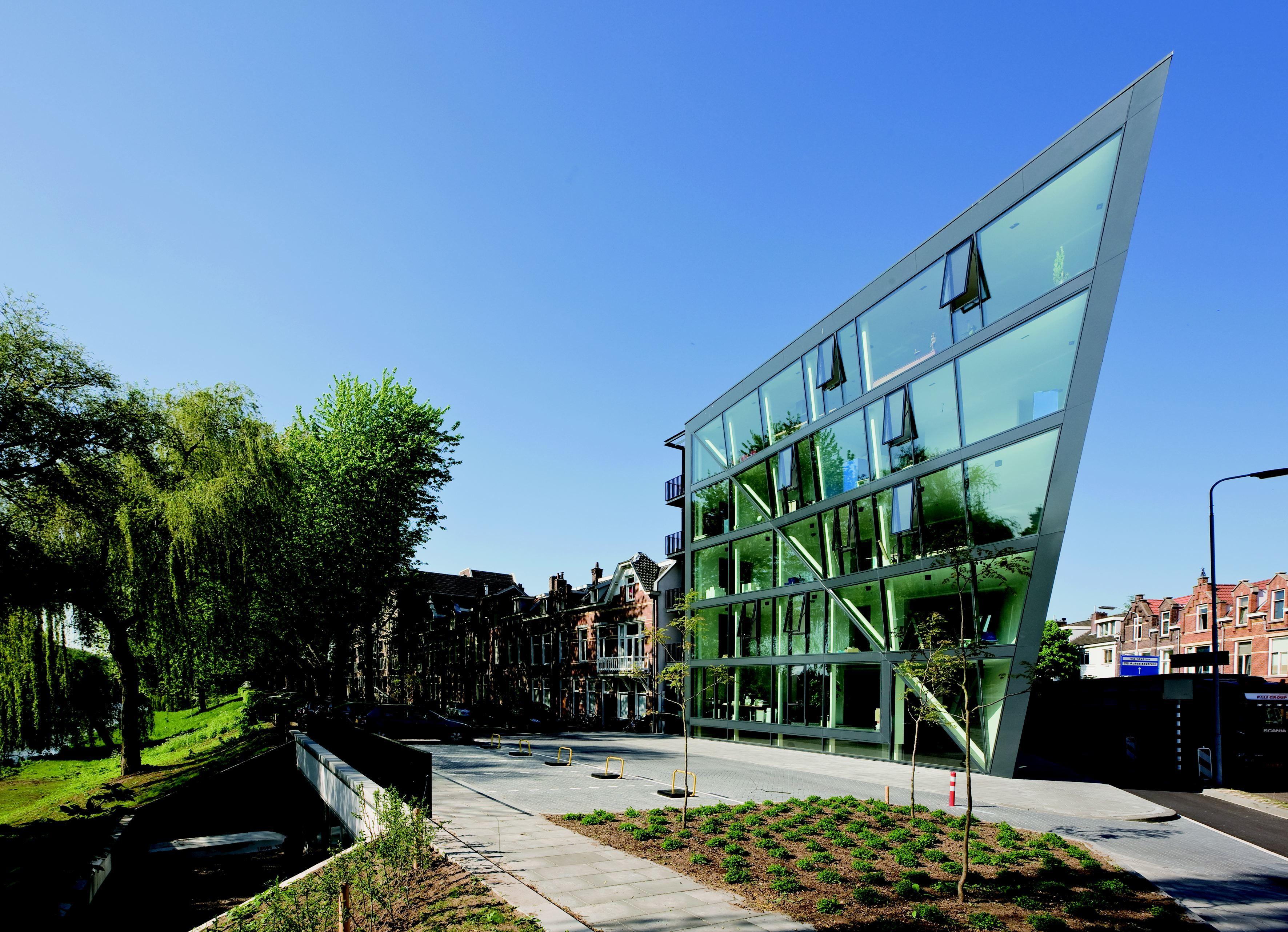 Brugplein in den bosch door tarra architectuur en stedenbouw de architect - Architectuur en constructie ...