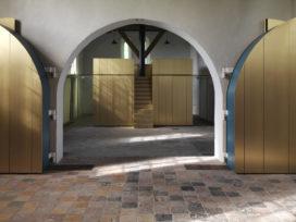 Transformatie kerkinterieur in Leegkerk