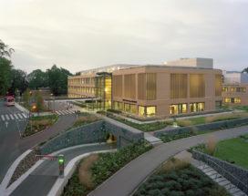 Nieuw ontvangstgebouw voor Sint-Maartenskliniek