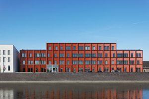 Twee appartementengebouwen in Zierikzee door Kingma Roorda