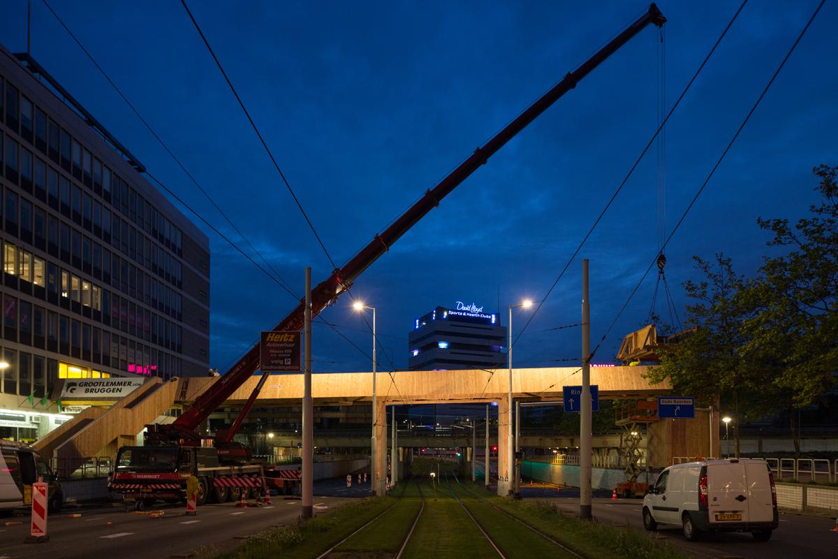 Luchtsingel Rotterdam op zijn plek