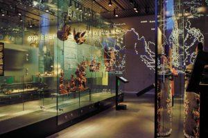 Rijksmuseum voor Volkenkunde in Leiden door OPERA