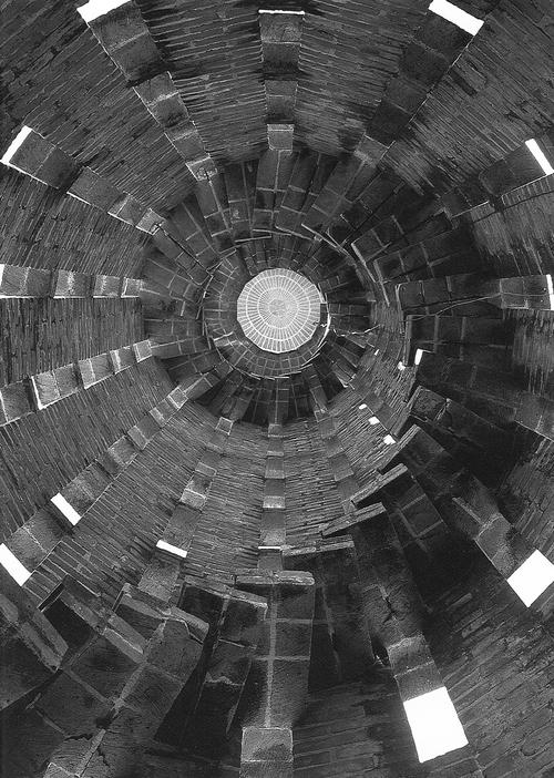 Baksteenconstructie door Eladio Dieste
