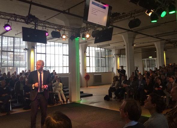 Dagvoorzitter Rob de Jong TransformatiecongreRotterdam 2015