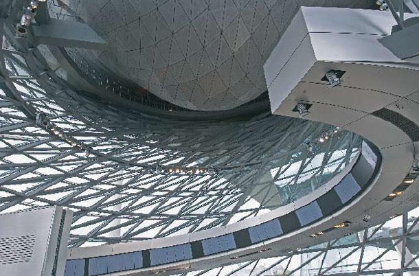 BMW Welt _ Opinie Harm Tilman - Architectuur meer dan gebouwen alleen