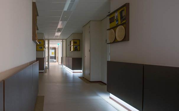 Lange gangen taboe in zorggebouwen