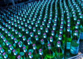 Bottelfabriek S.Pellegrino aan vervanging toe