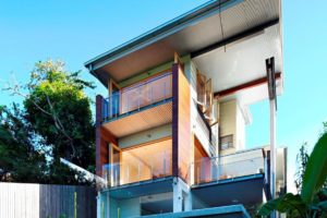 Ecohouse in Brisbane (AU) door Riddel Architecture