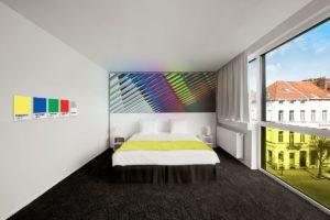 Pantone Hotel in Brussel door Michel Penneman en Olivier Hannaert