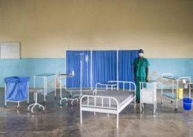 Nederlanders ontwerpen zorgmeubilair in Malawi