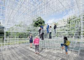 Opening Serpentine Paviljoen in Londen door Sou Fujimoto