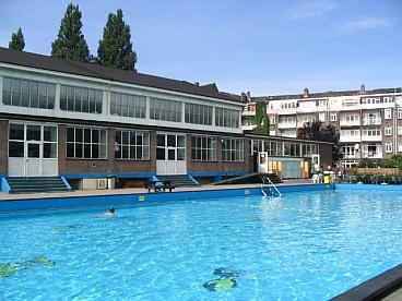 Rijksmonument van maanenbad weer open de architect - Ontwerp zwembad meubels ...