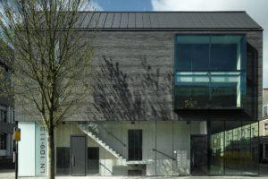 Het Zwarte Huis in Utrecht door Bakers Architecten