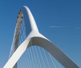Nijmeegse stadsbrug De Oversteek in gebruik