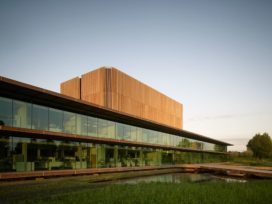 NIOO-KNAW wint Gouden Piramide 2012