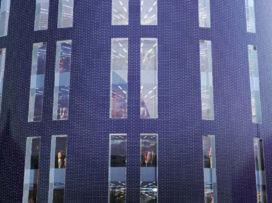 Bouwstart Politie Hoofdkwartier en uitbreiding Charleroi Danses