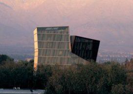 5 essentiële projecten van Pritzker-prijswinnaar Alejandro Aravena