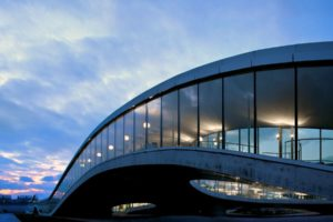 Rolex Learning Center in Lausanne door SANAA