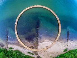 Vakantietip: oneindige brug aan de Deense kust
