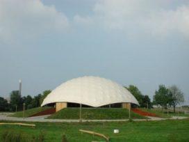 Wie redt de Paper Dome?