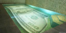 Zwemmen in het geld