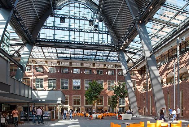 Politieacademie wint Architectuurprijs Apeldoorn