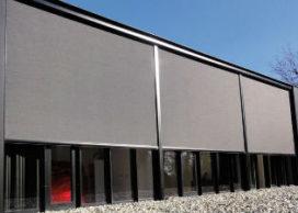 RENSON ontwikkelt verticale zonwering voor grote oppervlakken door