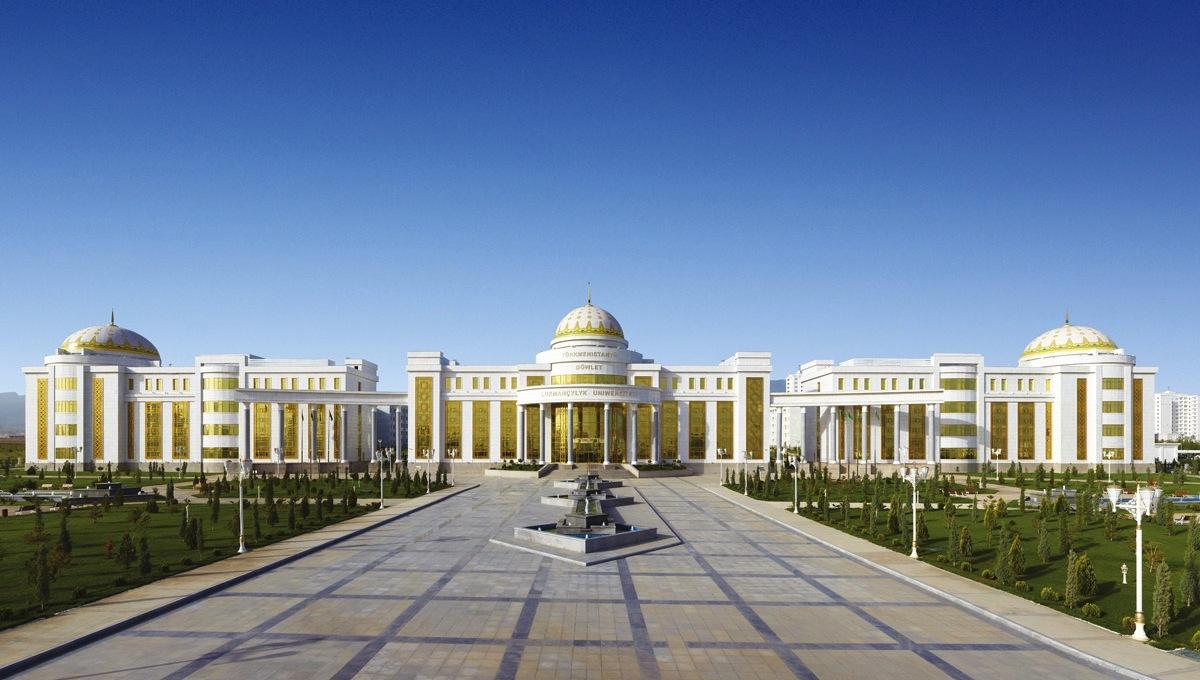 Blog Jeroen Apers, Architectuur van Turkmenbasy