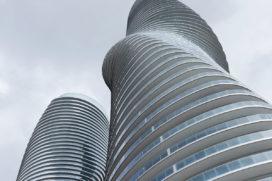 Canada twee woontorens rijker