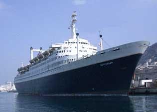 SS Rotterdam opnieuw in zwaar weer