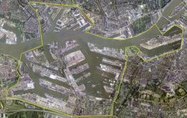 Balkenende tekent eerste project crisiswet