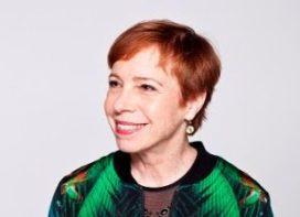 Tracy Metz ontvangt Maaskantprijs
