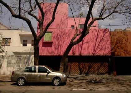 De gesloten voorgevel van Casa Gilardi_Verslag Mexicoreis
