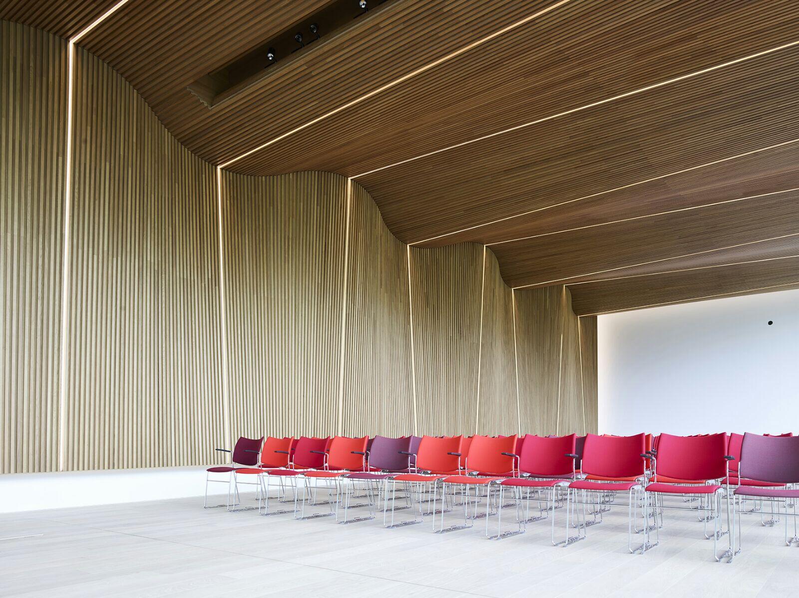 Interview bouwmanager museum voorlinden de architect for Goedhart deuren