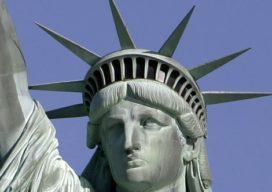 Toeristen weer welkom in kroon Vrijheidsbeeld