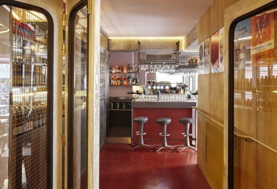 Bar basquiat in amsterdam door studio modijefsky 4 560x383
