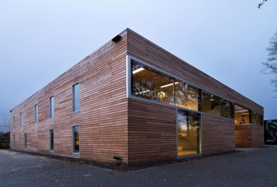 Bedrijfsgebouw in oirschot door diederendirrix 0 560x378