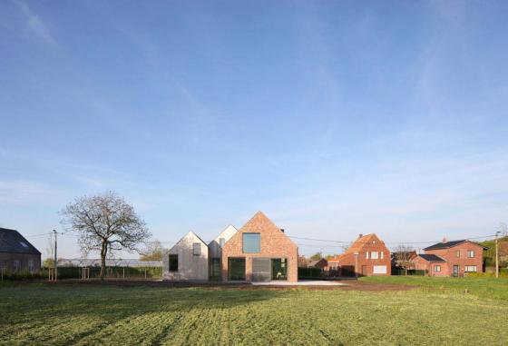 Boerderijwoning met drie zadeldaken atelier tom vanhee 12 560x381