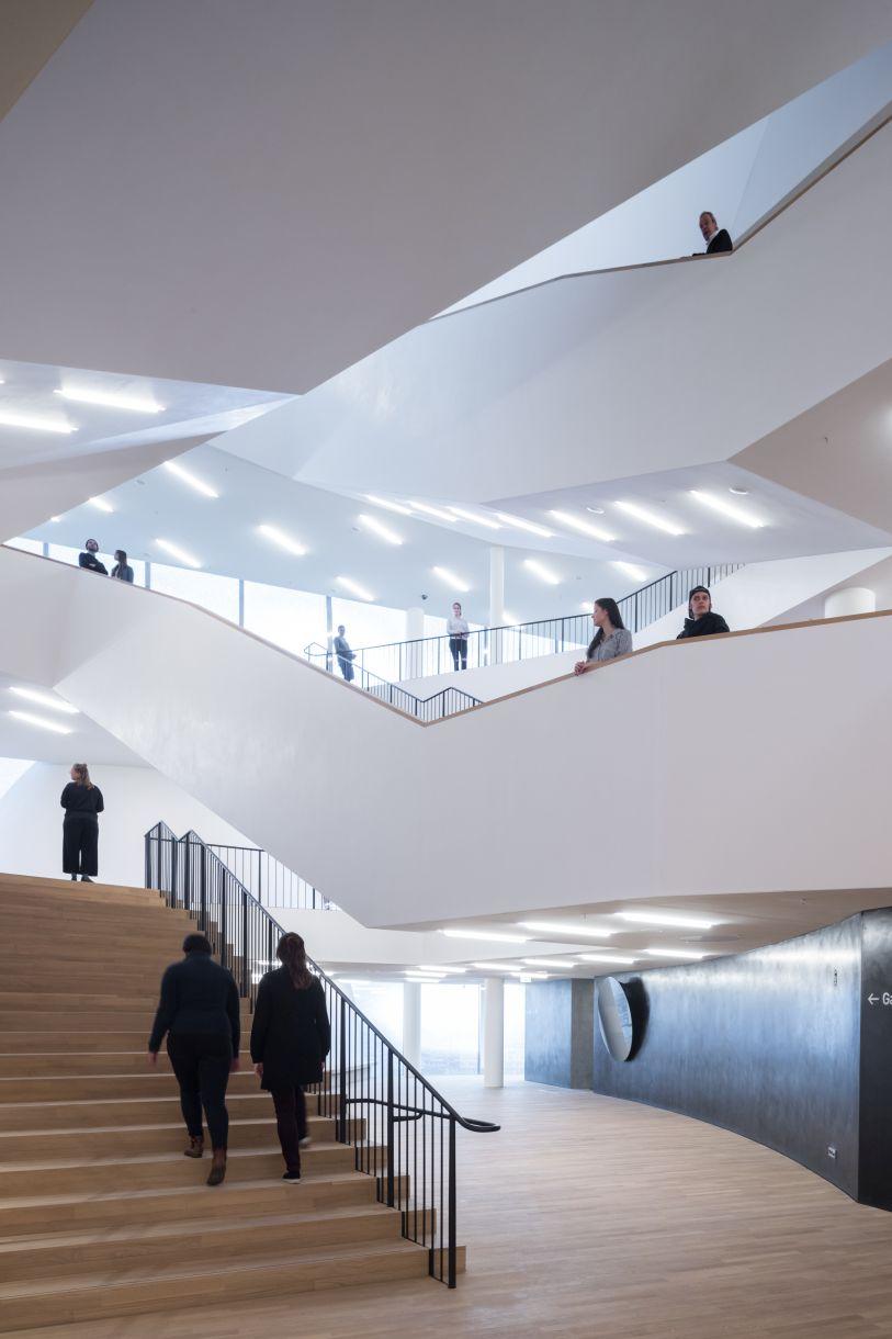 Elbphilharmonie – herzog de meuron   de architect