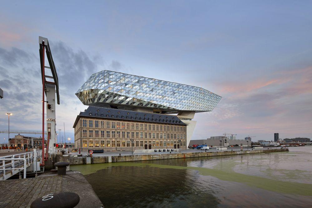 Havenhuis antwerpen zaha hadid architects de architect for Architecture xix