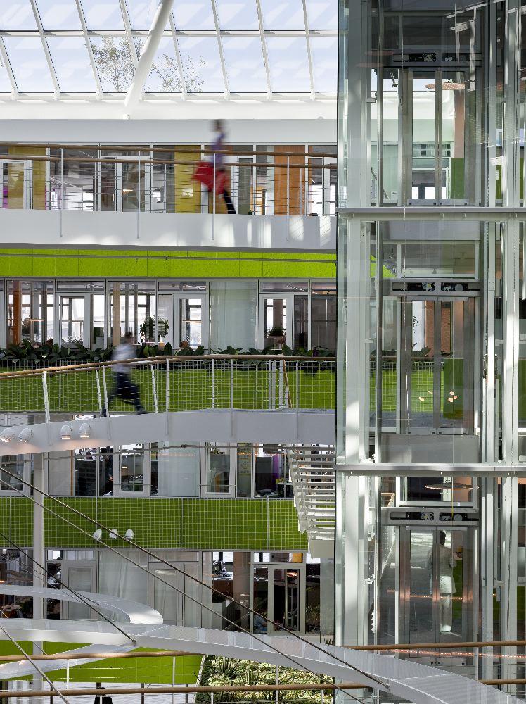 hoofdkantoor unilever in hamburg door behnisch architekten de architect. Black Bedroom Furniture Sets. Home Design Ideas