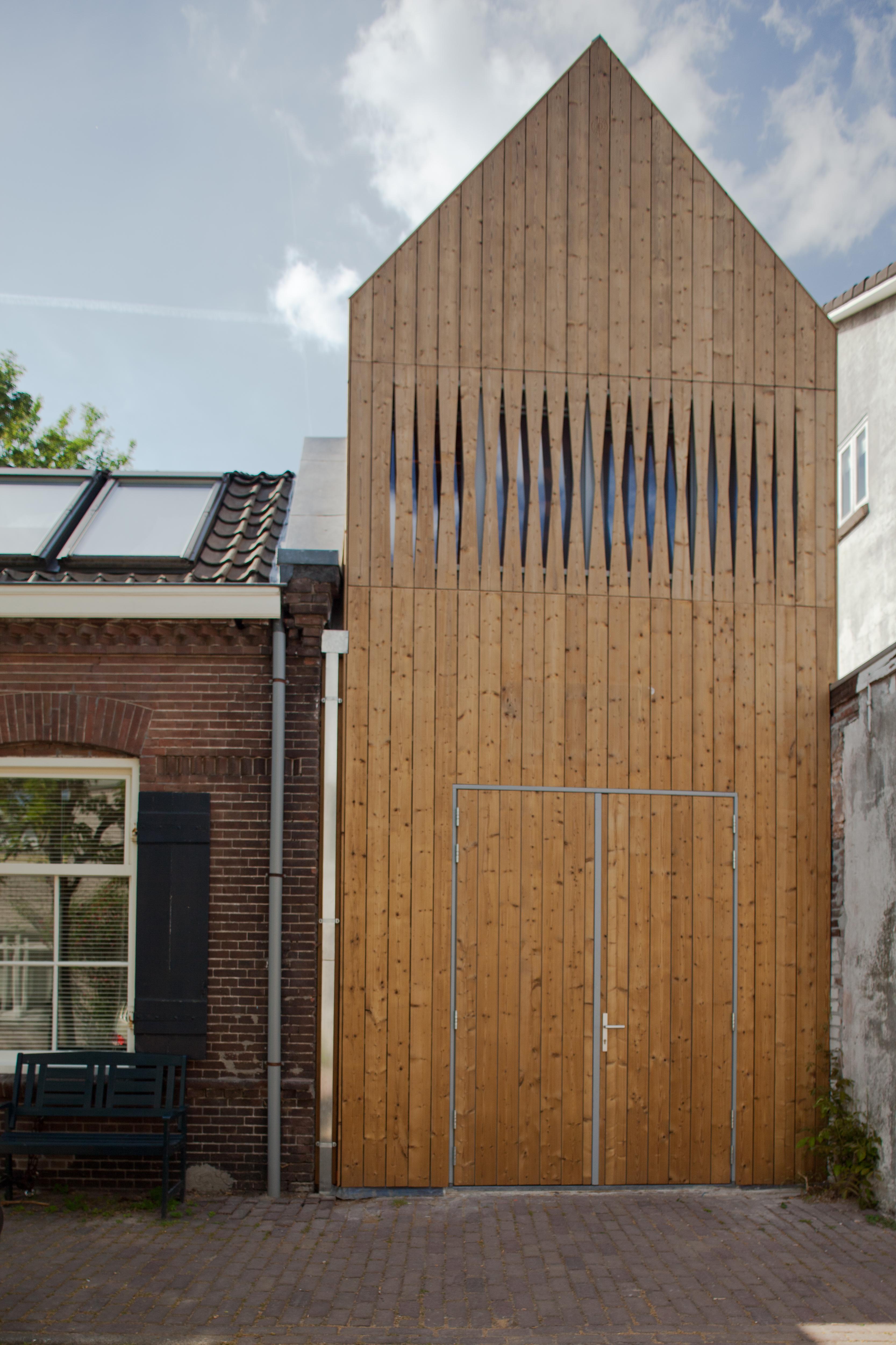 Houten huisje in utrecht de architect - Interieur houten huisje ...
