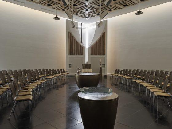 Kerkgebouw rijsenhout enzo architectuur interieur 10 560x420