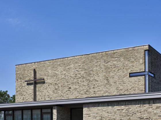 Kerkgebouw rijsenhout enzo architectuur interieur 2 560x420